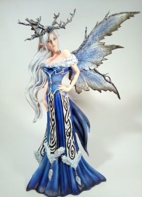 "FATA LES ALPES FAIRY LAND ""WINTER QUEEN ELAINE"" 052 10200 h.46,5cm AMY BROWN COLLECTION"